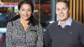 Parvin Yazdani, försäljnings- och marknadschef, och Daniel Isaksen, senior marknadsförare och produktspecialist på Pearson Assessment i Norden. Foto: Gonzalo Irigoyen