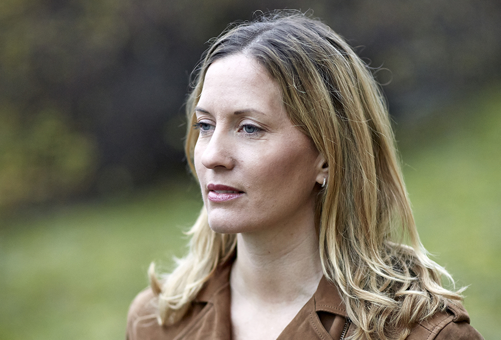 Helena Kubicek Boye skriver en serie böcker om PTP-psykologen Anna Varga. Foto: Bengt Alm