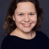 Lina Bodestad ser att användningen av normglasögon kan vara bra i behandling.